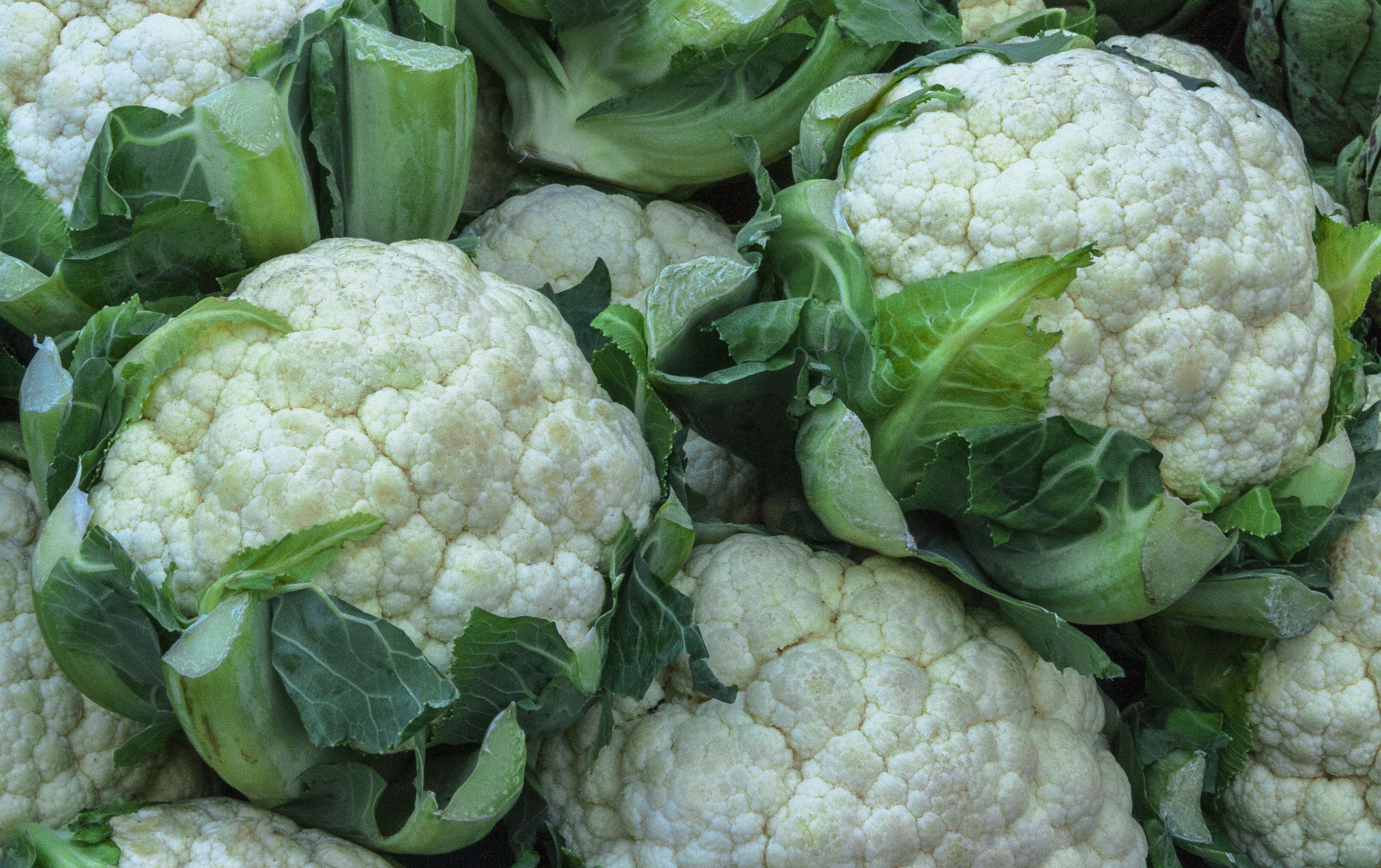 how to prepare cauliflower for a vegetable tray